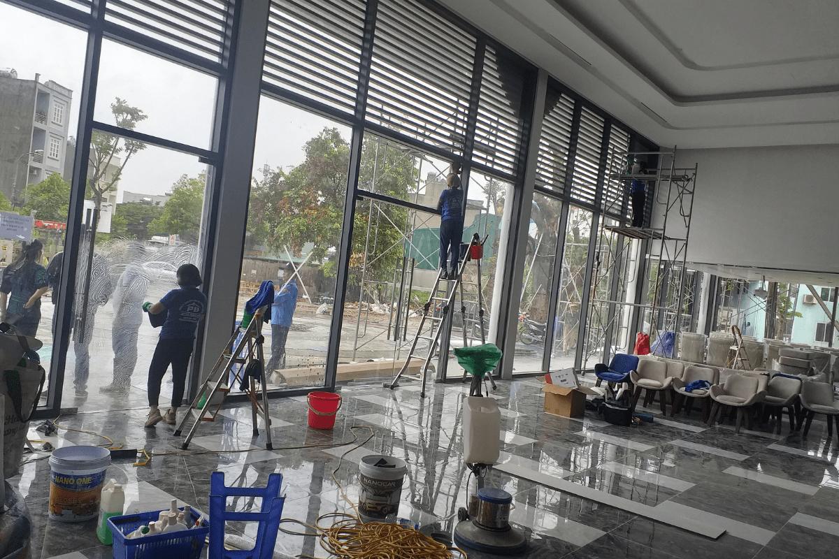 Dịch vụ vệ sinh công nghiệp Quảng Ninh